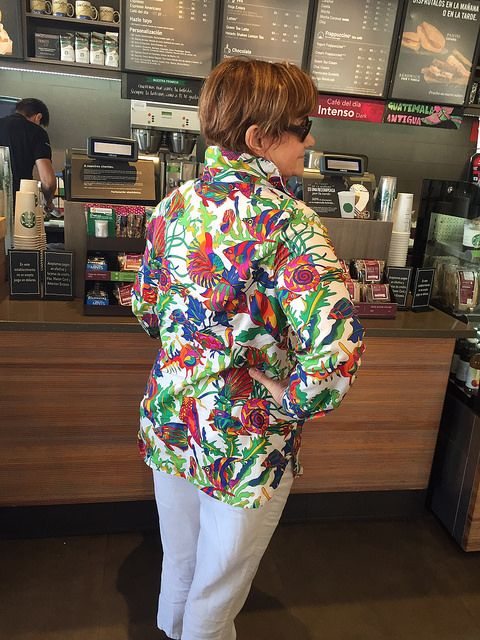 Lutterloh blouse side Starbucks